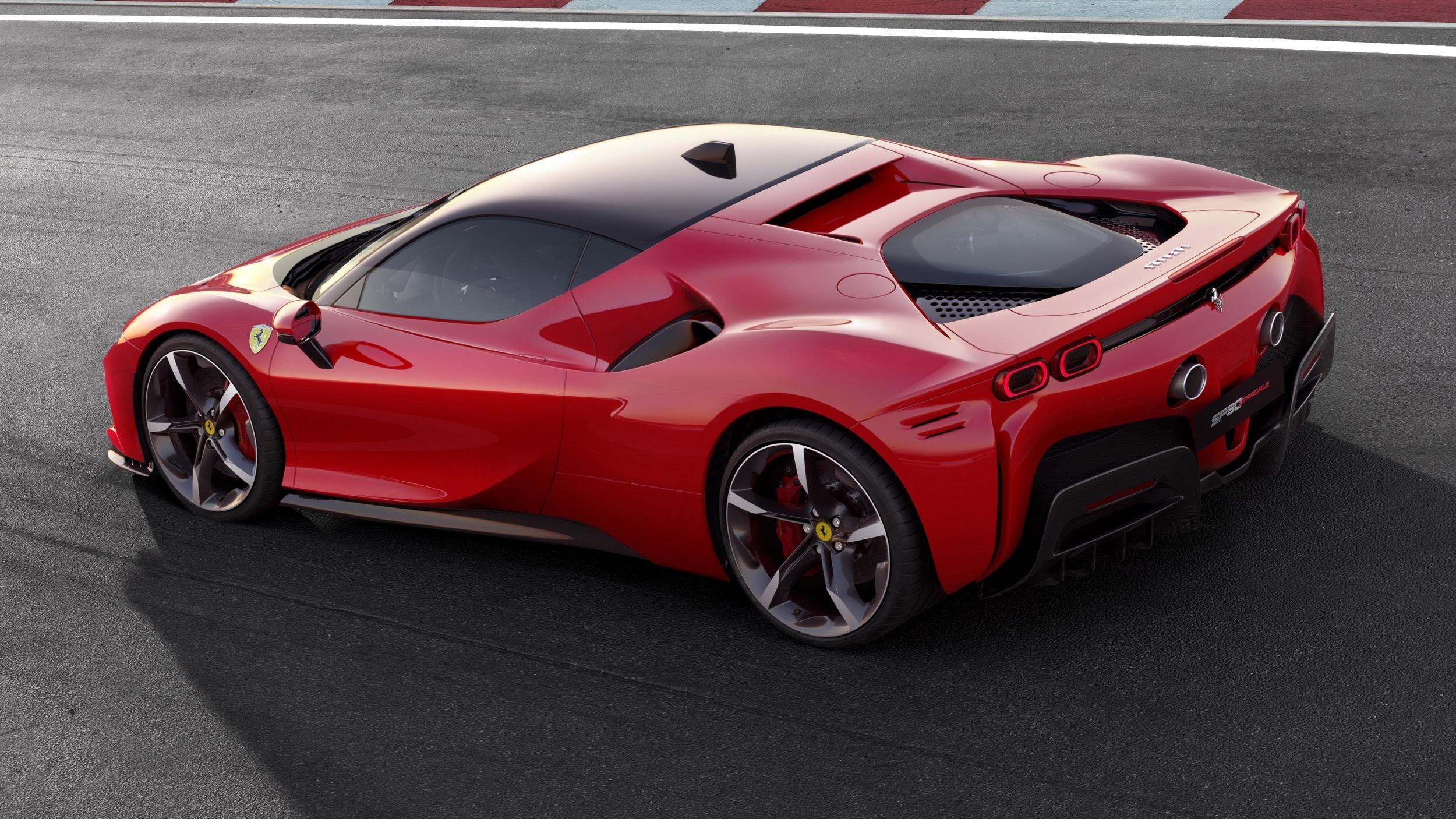Ferrari Sf90 Stradale 2020 El Nuevo Super Hibrido Con Casi 1 000 Caballos A Bordo Univision