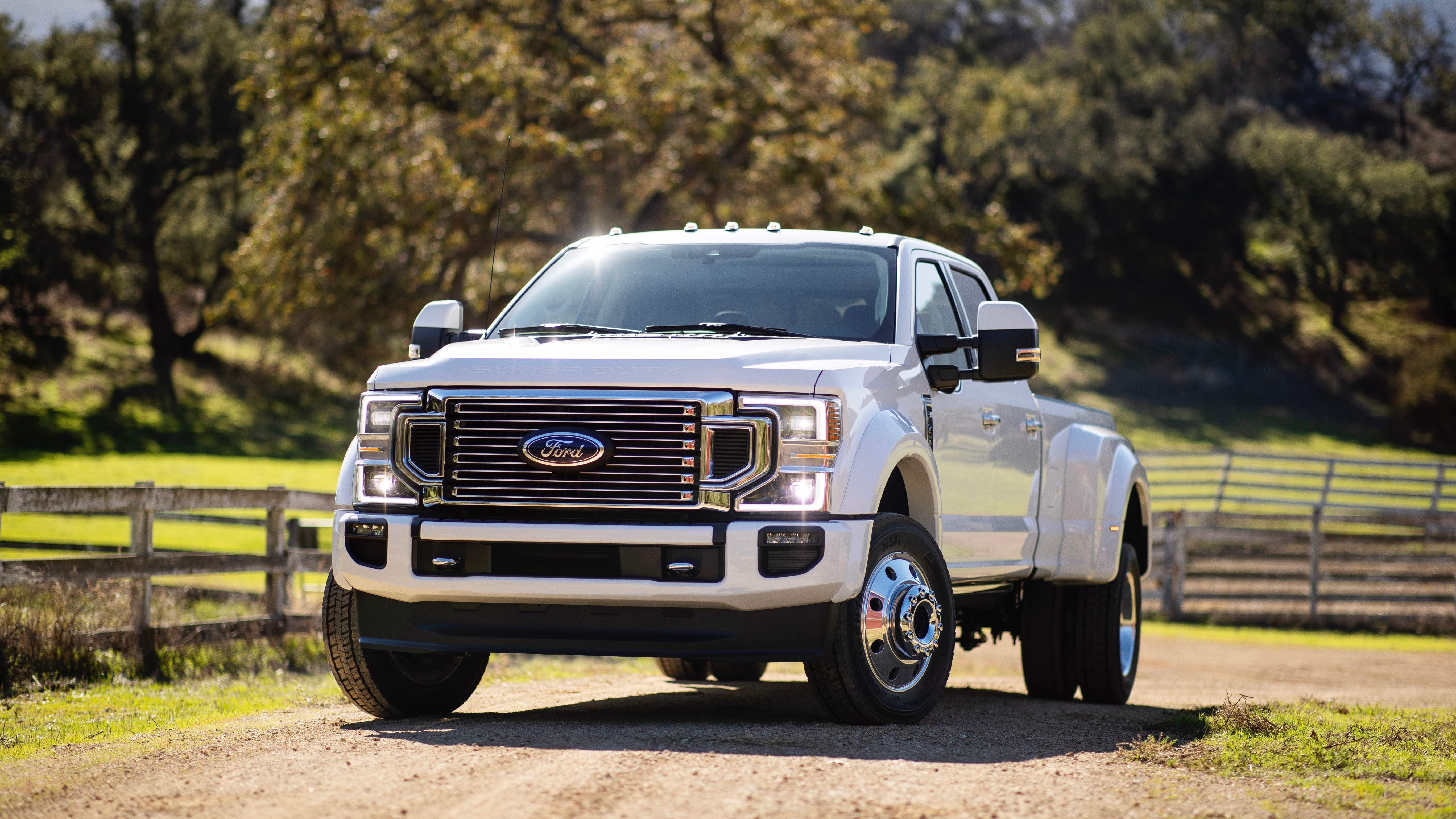 La Ford Serie-F Super Duty llega remodelada para 2020 con una sorpresa de 7.3 litros bajo el capó