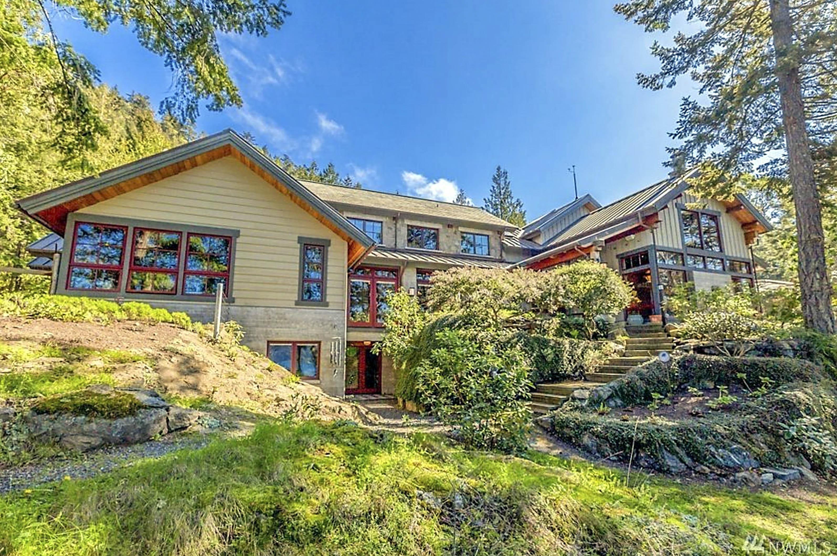 Oprah Winfrey vende lujosa mansión frente al mar por 14 millones de dólares  | Famosos | Univision