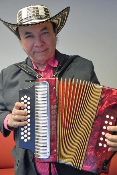 """Desde el cielo, Aniceto Molina ruge como """"El Tigre Sabanero"""""""