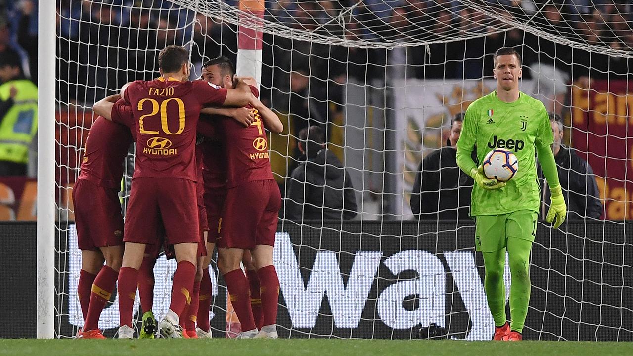 En fotos: Roma vence al campeón Juventus y sigue en la pelea por ir a Champions