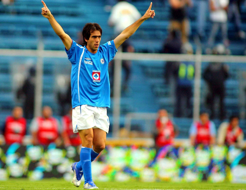 90 Minutos De Futbol En Vivo Por Internet chelito' delgado ve mal darle título a cruz azul por el