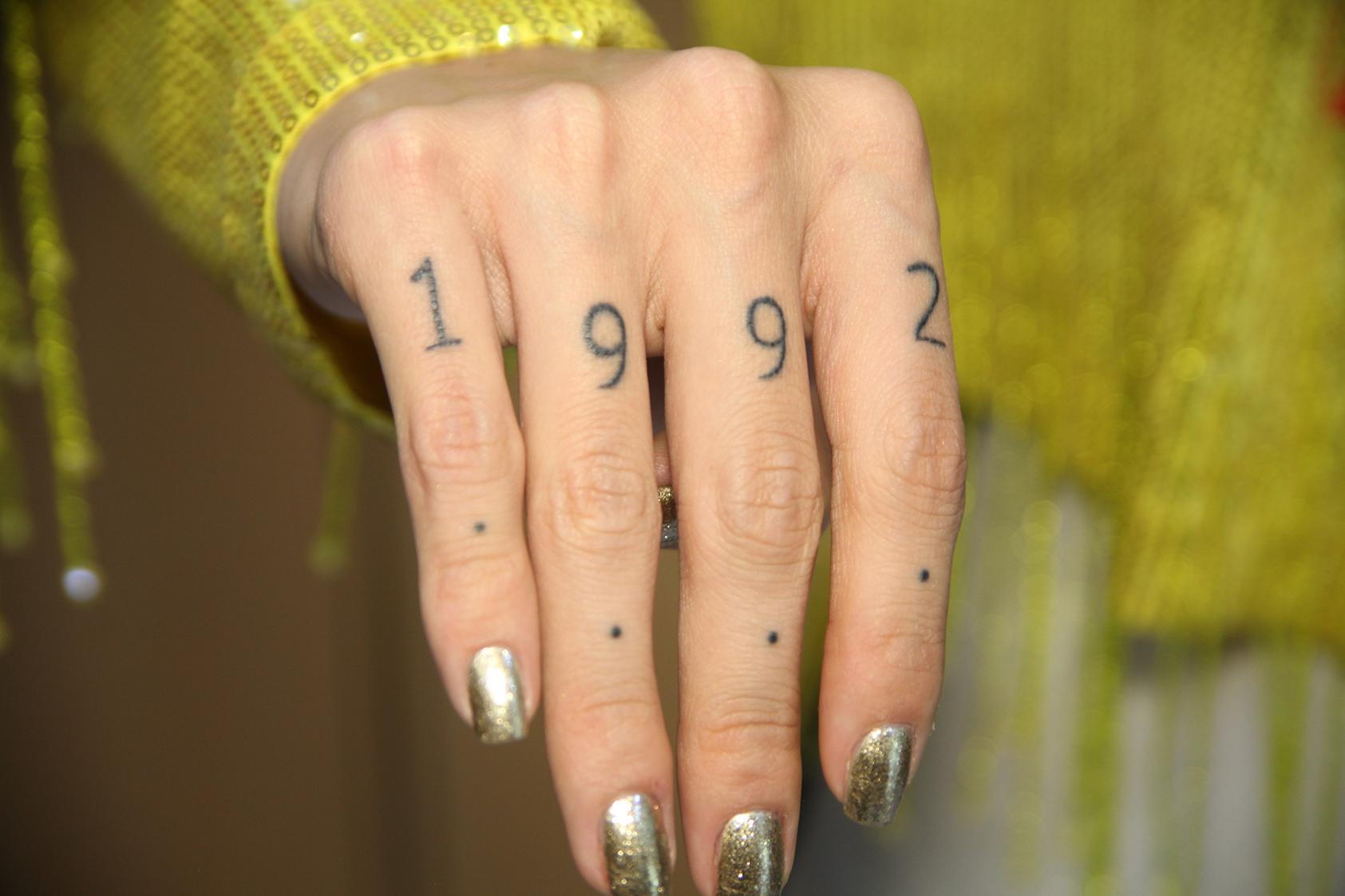 Las Historias Detras De Los Tatuajes De Greeicy Rendon Realities Mira Quien Baila Univision