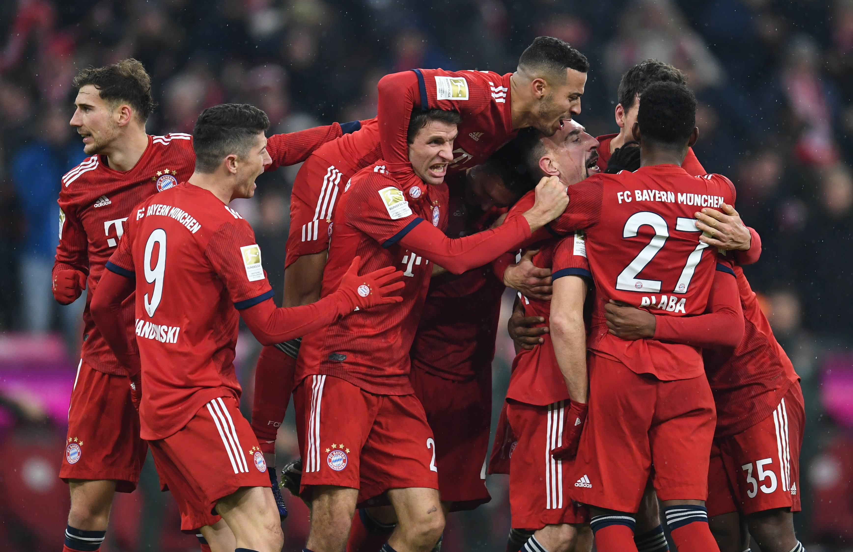 En fotos: Bayern Munich obtuvo valioso triunfo y le acorta distancia al líder en Bundesliga