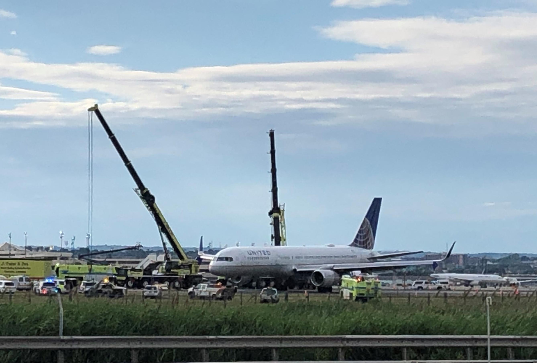 Resultado de imagen para UA627 United Boeing 757