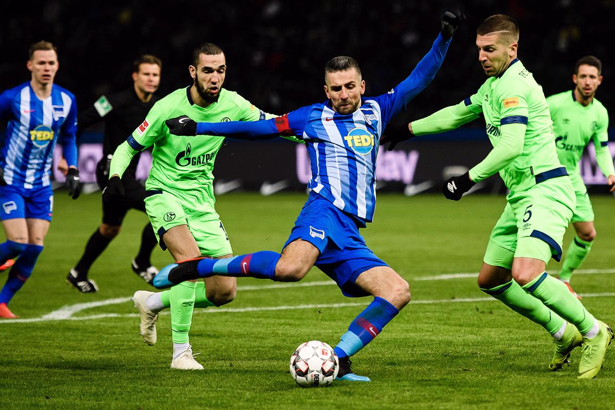 En fotos: Hertha Berlín y Schalke 04 lo dejaron todo en un vibrante encuentro