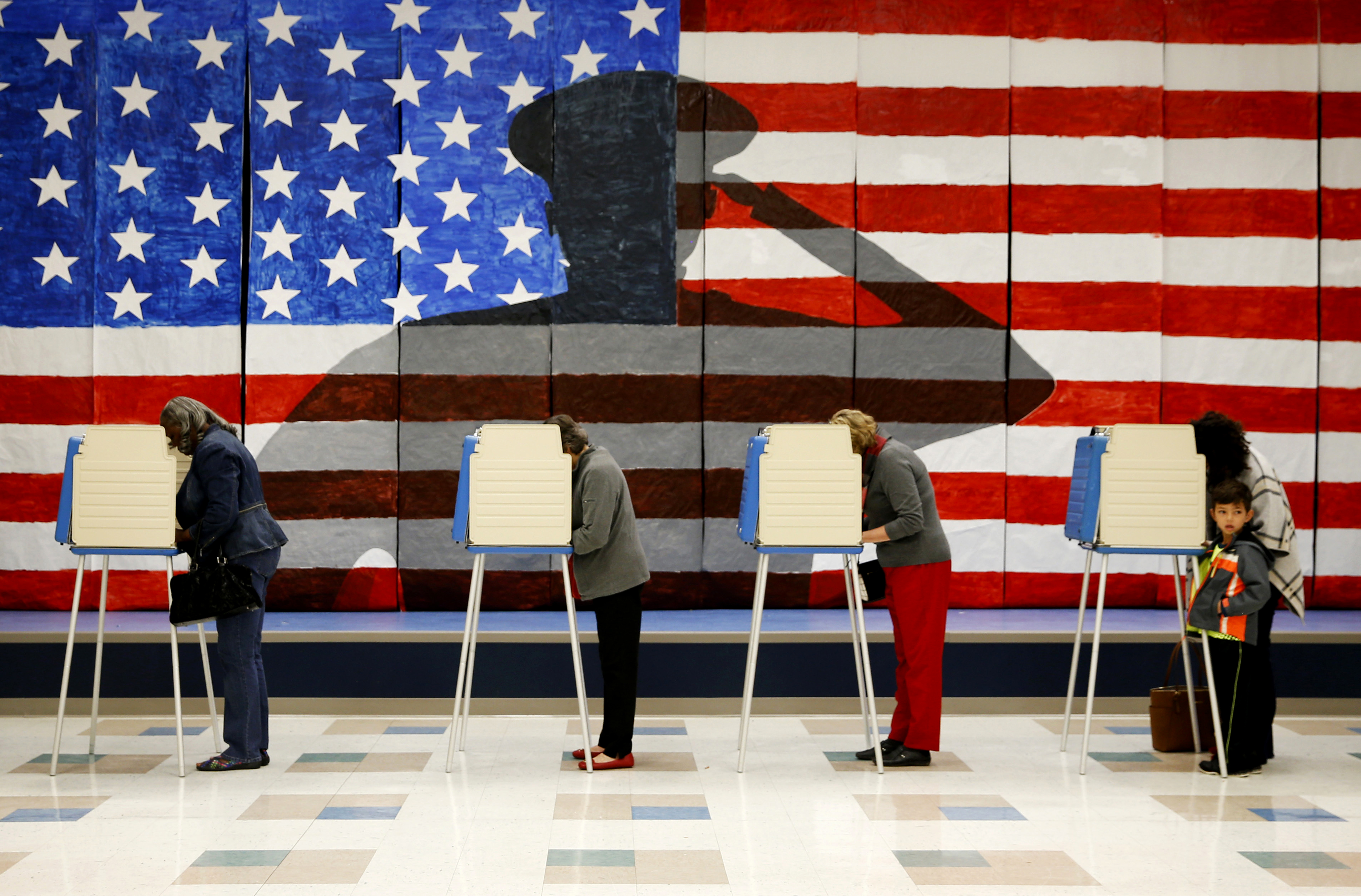 En fotos: la jornada electoral en Virginia