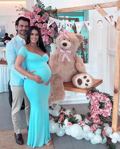 Vanessa De Roide Celebra Su Baby Shower Y Revela El Nombre De Su