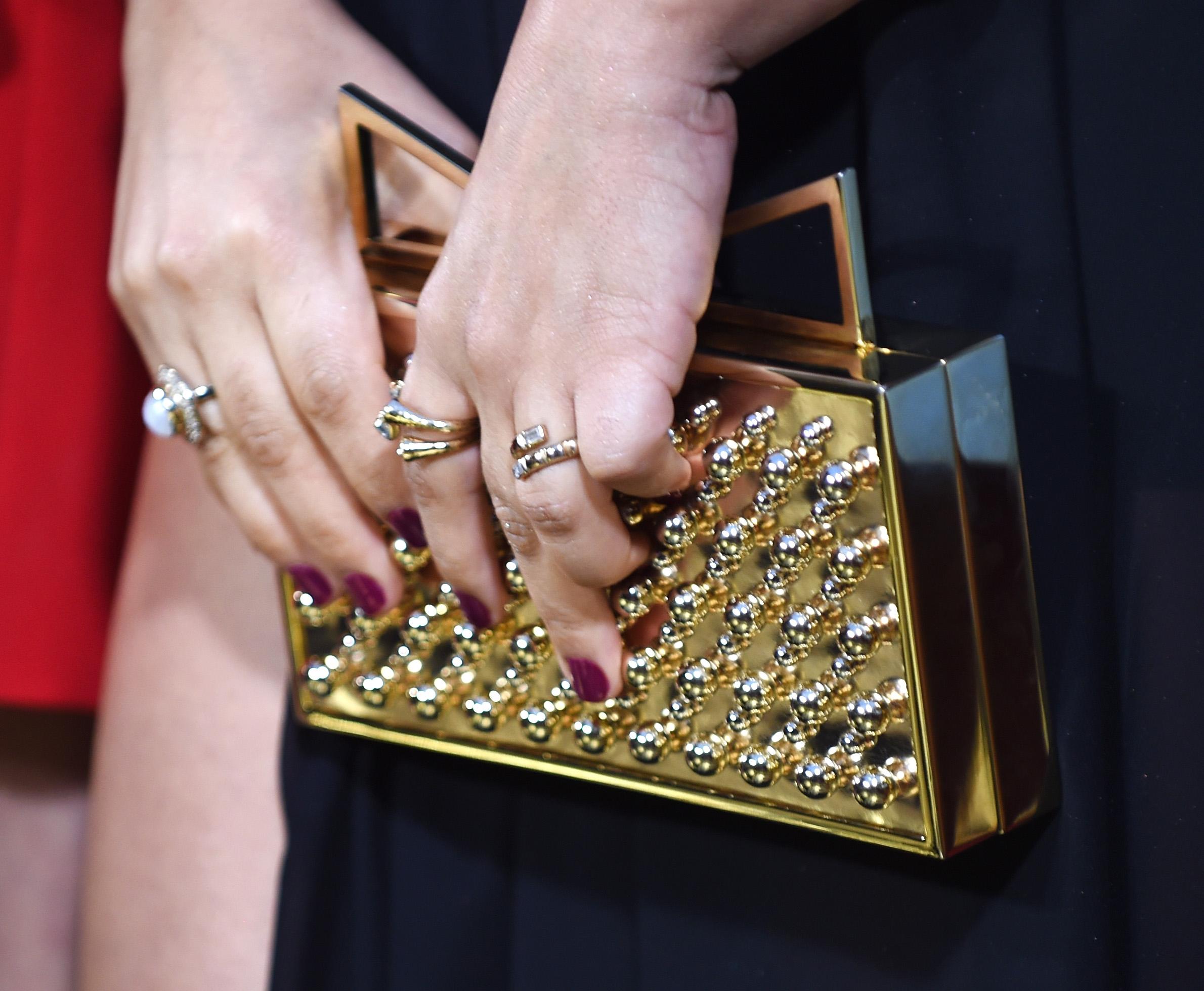 1cedbf0a5 Bolsos y carteras para cada ocasión día y noche | Estilo de Vida Moda |  Univision