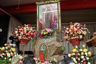Una Procesión De 30 Mil Fieles En Honor A La Virgen De