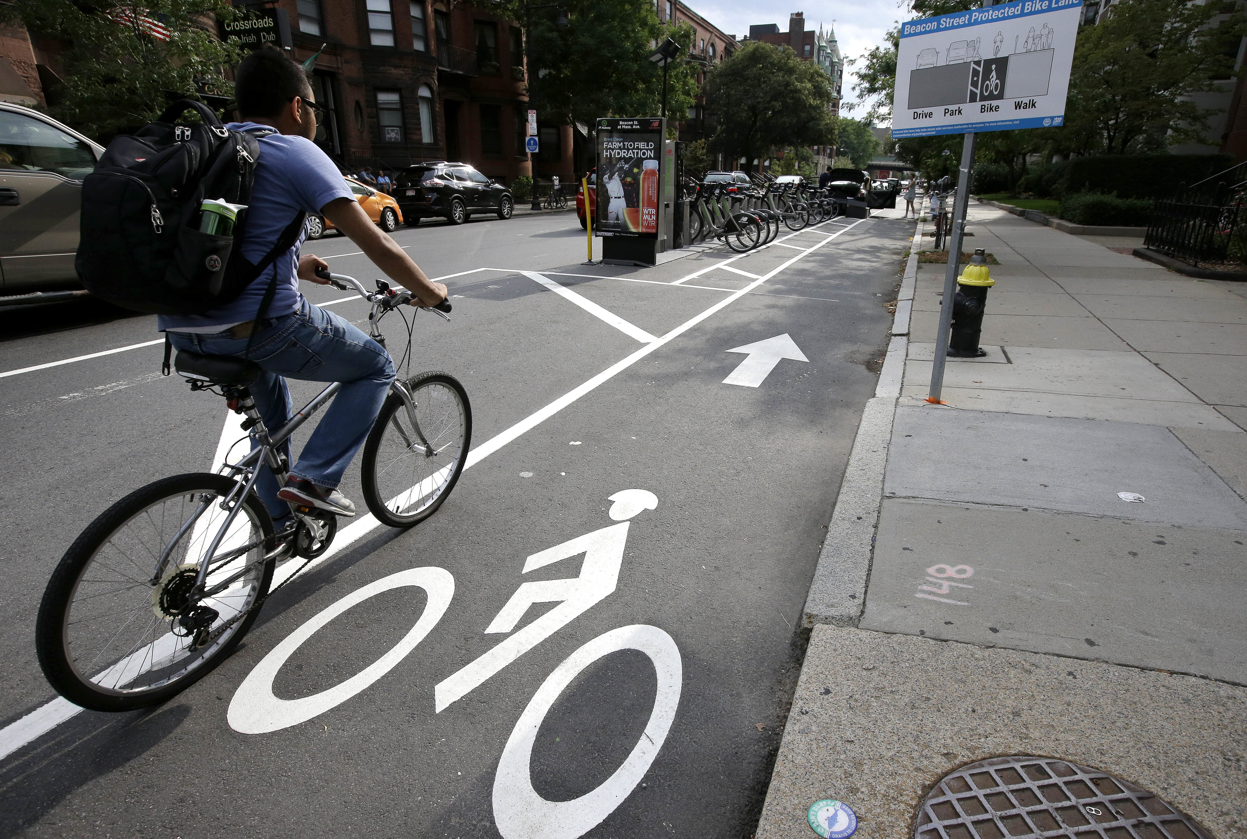 Andar en bicicleta sirve para quemar grasa abdominal