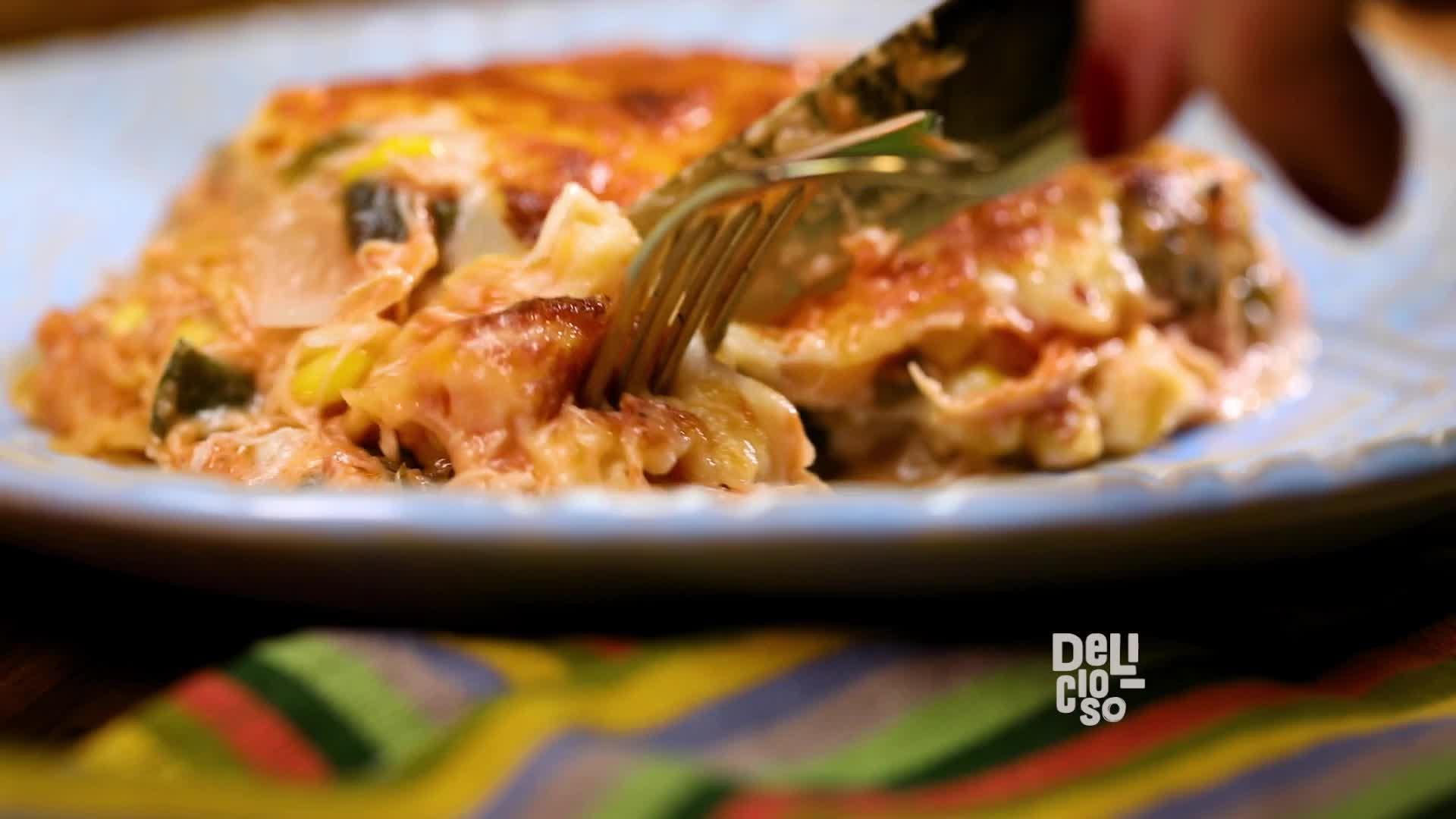 Pastel Azteca Con Pollo