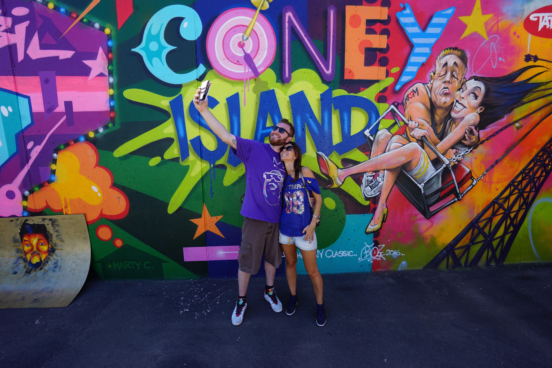 De luz y de color la vida entre estos murales de Brooklyn