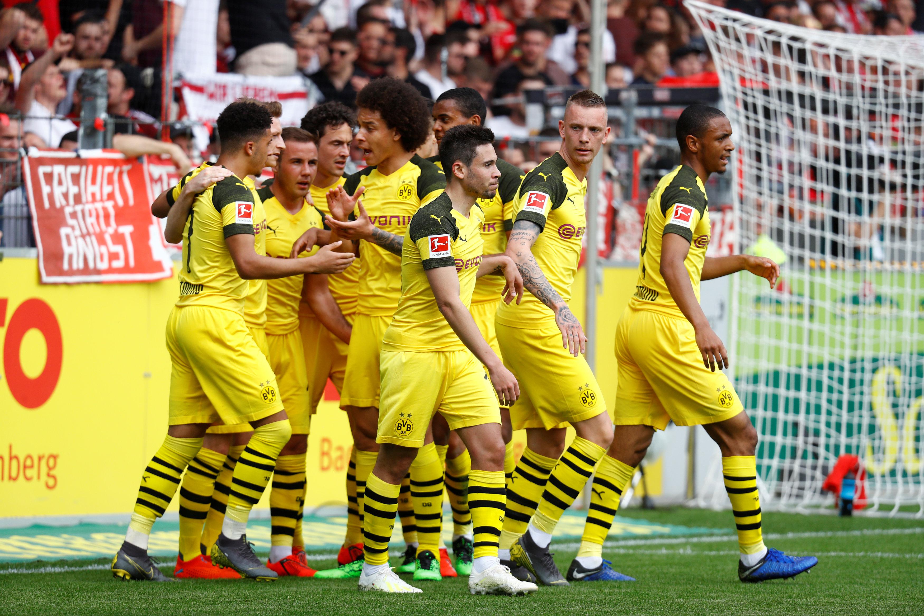 En fotos: Borussia Dortmund se aferra a su lucha por el título de la Bundesliga