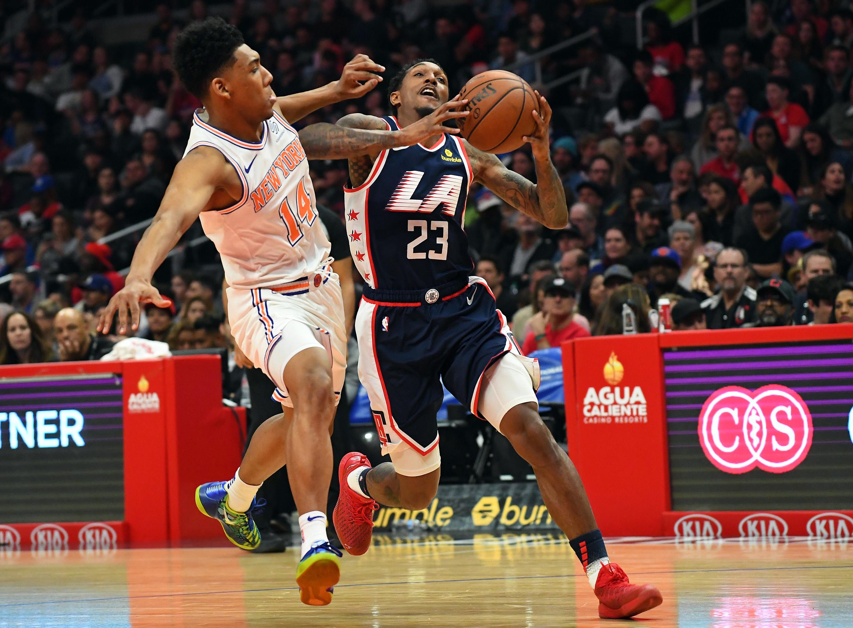 <b>NEW YORK 107-128 LA CLIPPERS</b>. Este partido tenía todas las apariencias de ser una paliza histórica, pues al medio tiempo los Clippers (36-29) ganaban 82-46 a los Knicks (13-50).