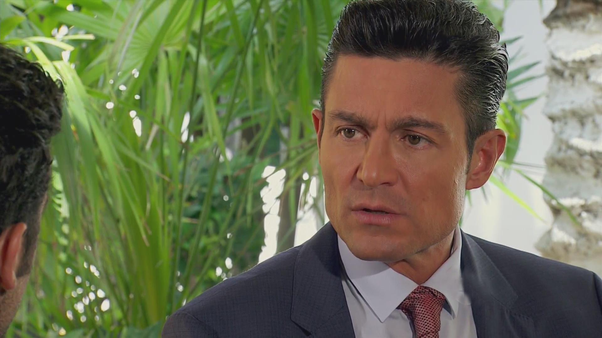 En esta ocasión, el protagonista de telenovelas como 'María la del barrio' podría trabajar bajo la producción de Juan Osorio.