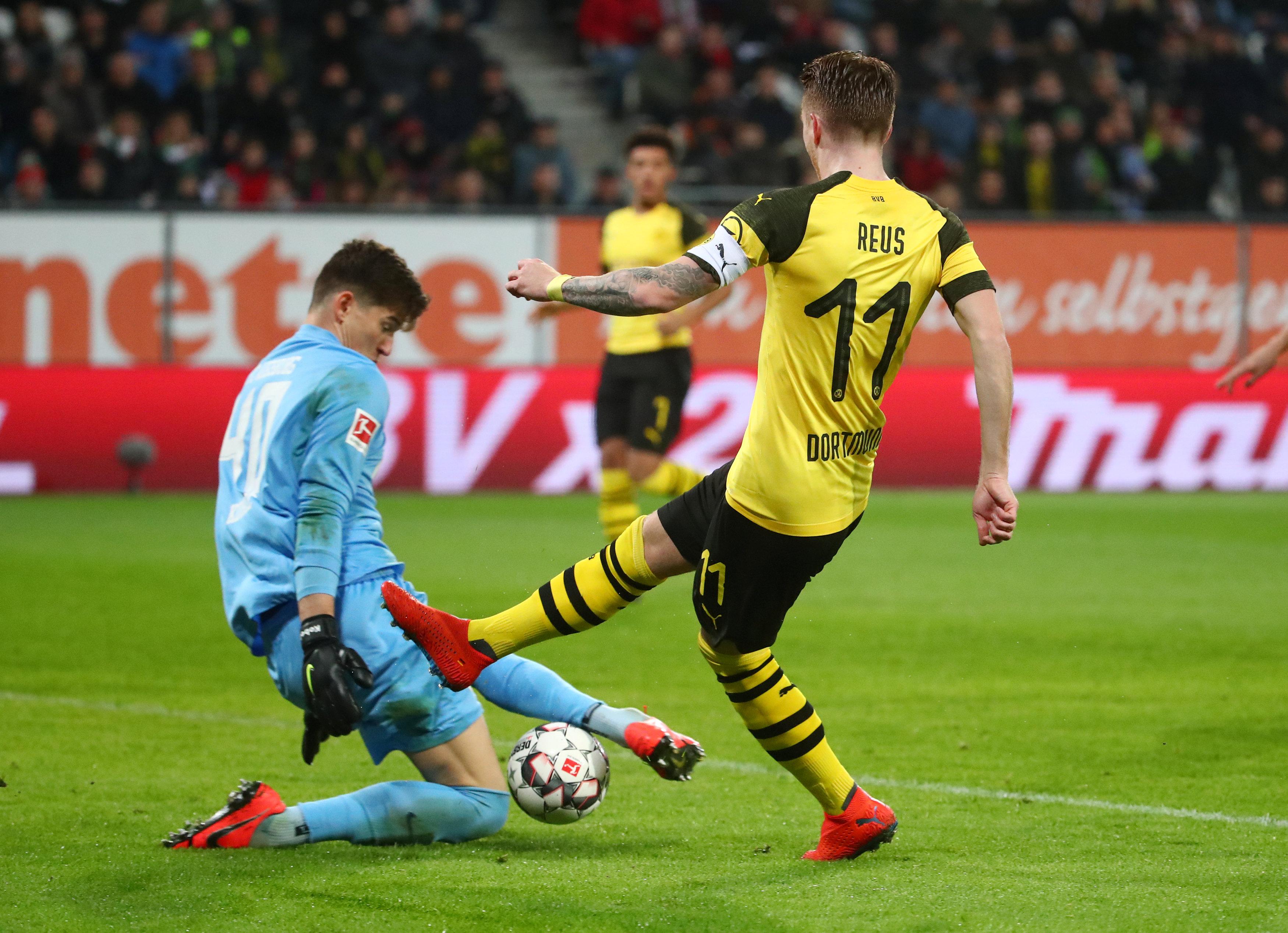 En fotos: Borussia Dortmund es sorprendido por el Augsburg y peligra su liderato