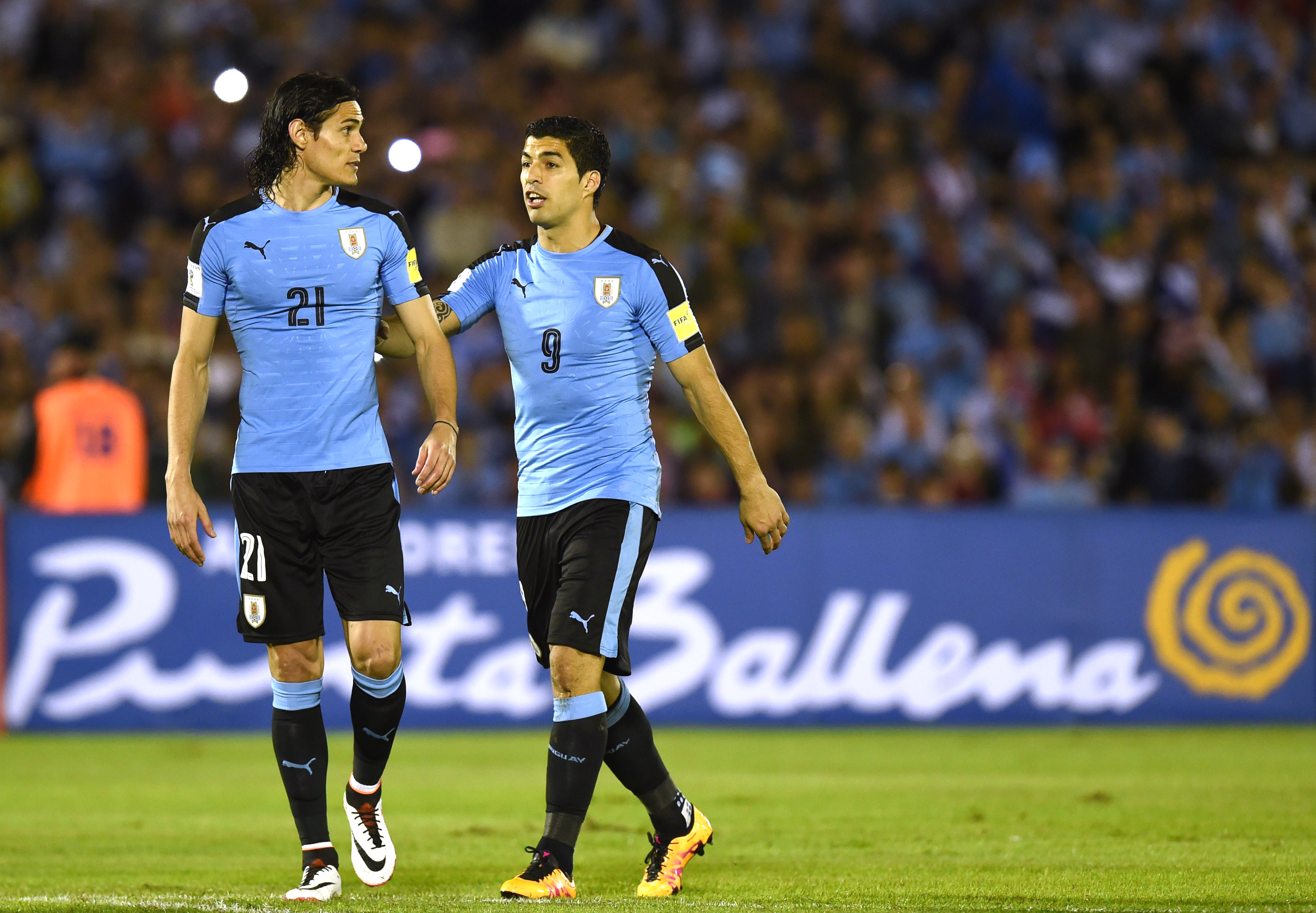 ¿Cuánto mide Edinson Cavani? - Altura - Real height GettyImages-518046244