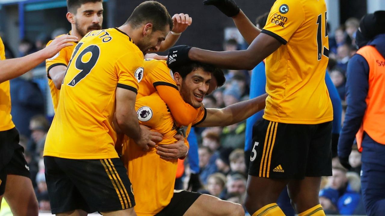 En fotos: Nuevo gol de Raúl Jiménez para el triunfo de los Wolves en casa del Everton