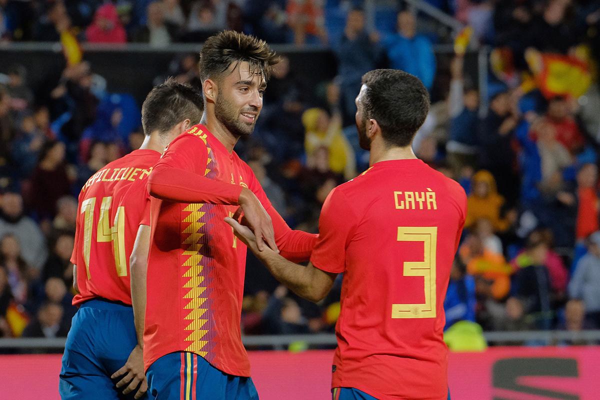 En fotos: España despide el año con una victoria sobre Bosnia y mirando al futuro