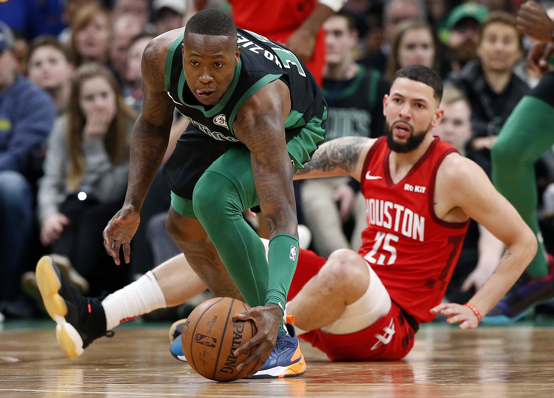 <b>HOUSTON 115-104 BOSTON</b>. Los Celtics (38-26) pasan por un mal momento y están con marca de 3-7 en los últimos 10 partidos. Esta derrota ante los Rockets (38-25) en TD Garden confirma ese lapso amargo.