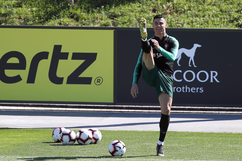 En fotos: así fue el regreso de Cristiano Ronaldo a Portugal en su primer entrenamiento