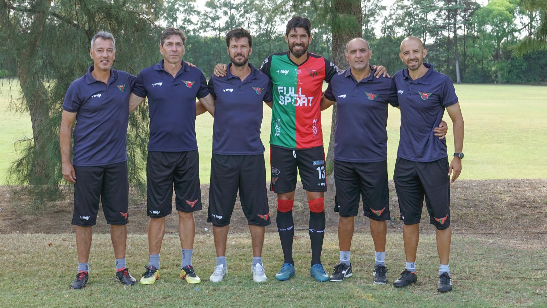 El Loco Abreu estaba de DT y entró al campo y su equipo anotó el gol del gane | Deportes Fútbol | TUDN Univision