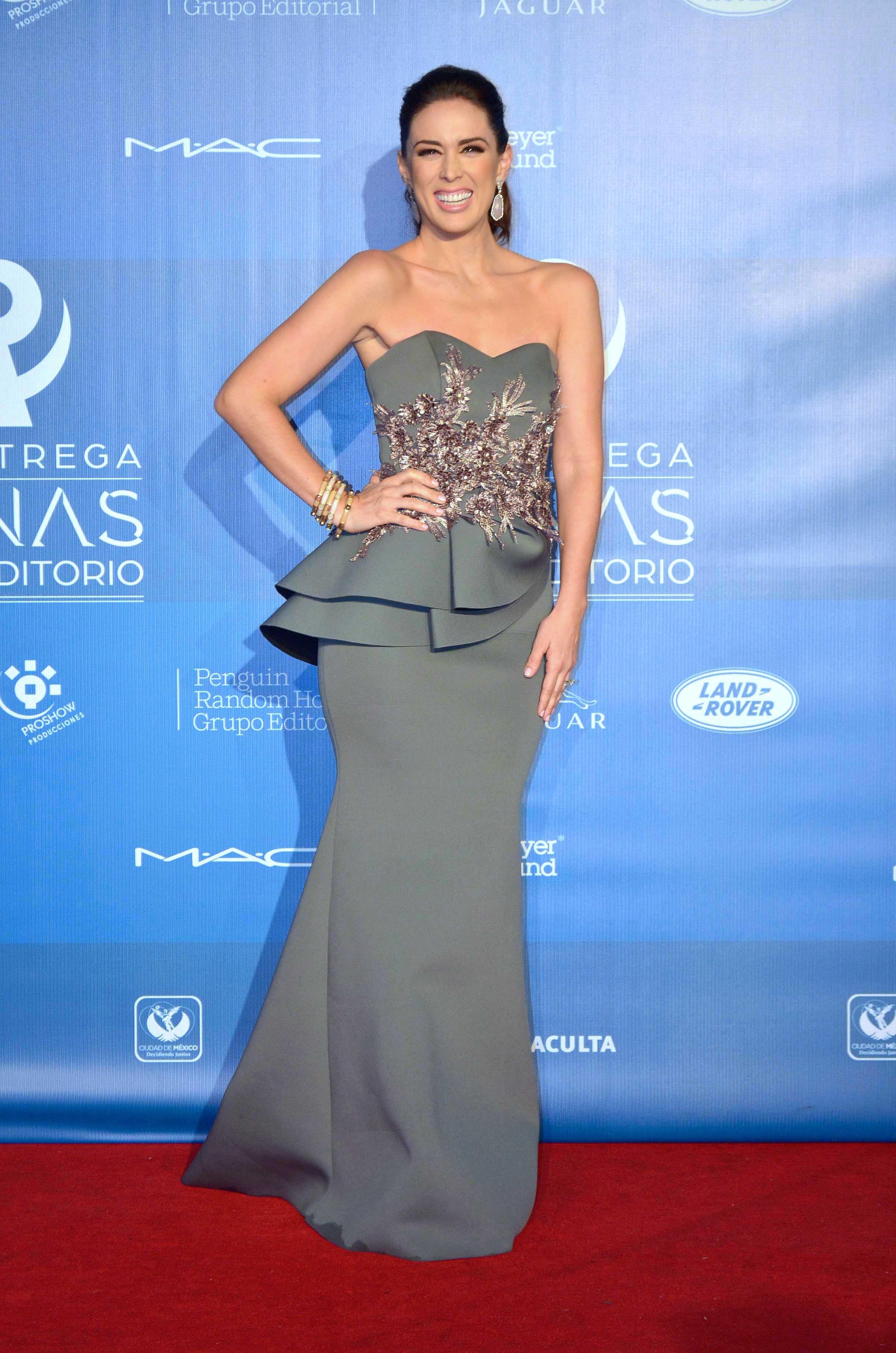 Ricky Martin es muy del gusto de Jaqueline Bracamontes y así lo cuenta ella