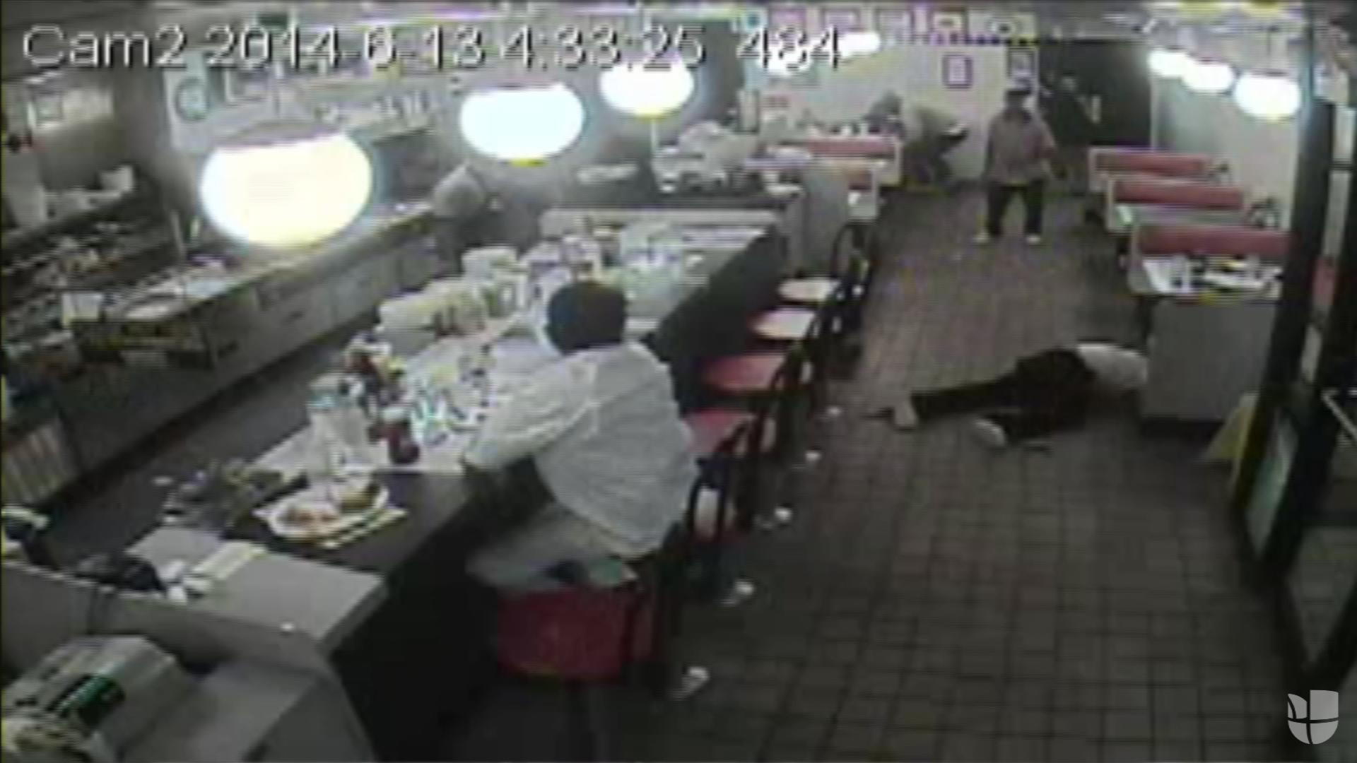 Family Sues Over Waffle House Shooting Caught On Film Univision