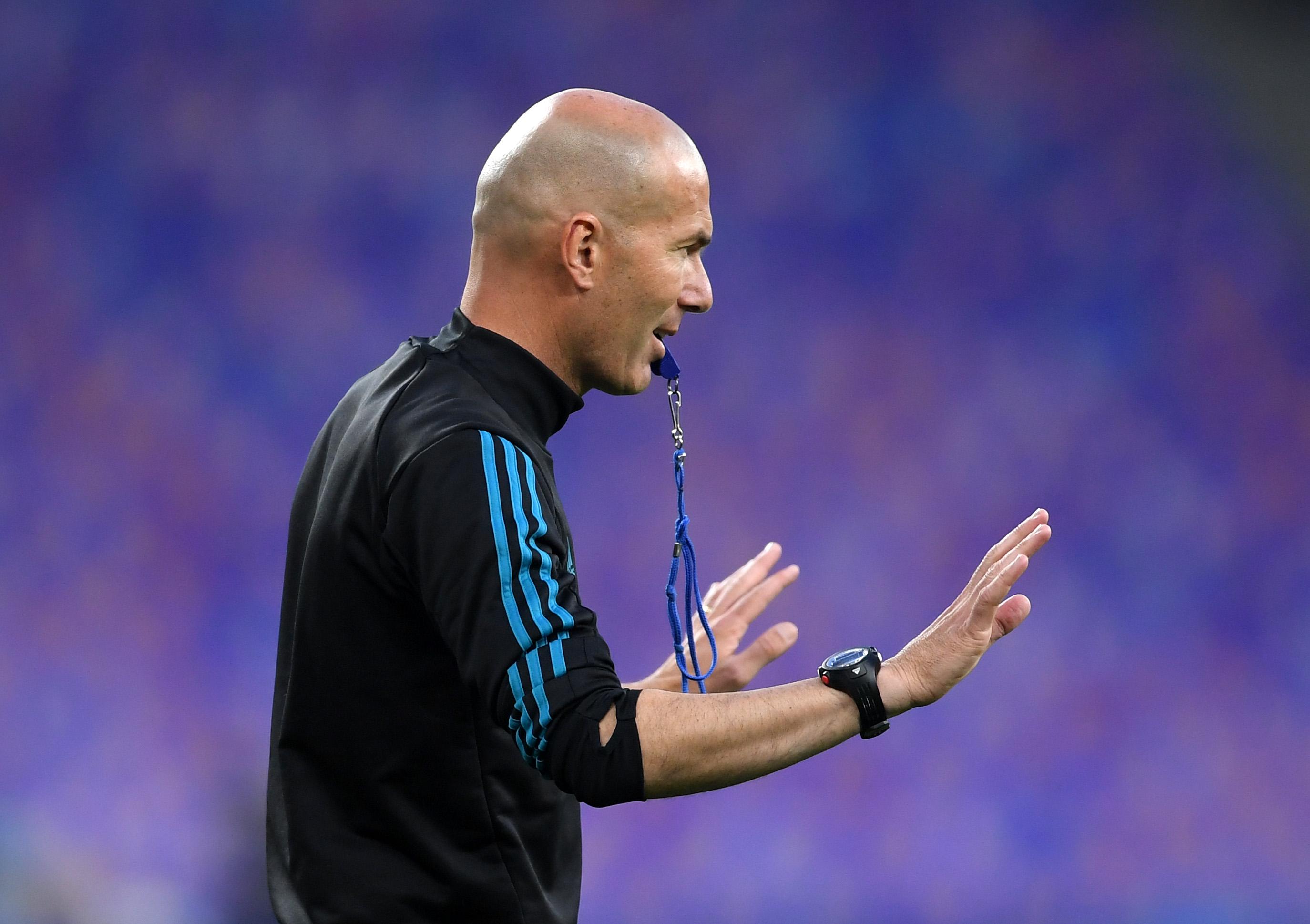 Zidane dirigió su primer entrenamiento tras su regreso al Real Madrid  e3f6eb069e2b0