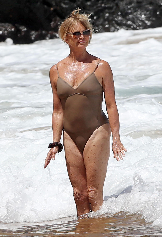 Goldie Hawn con cuerpazo a sus 70 años
