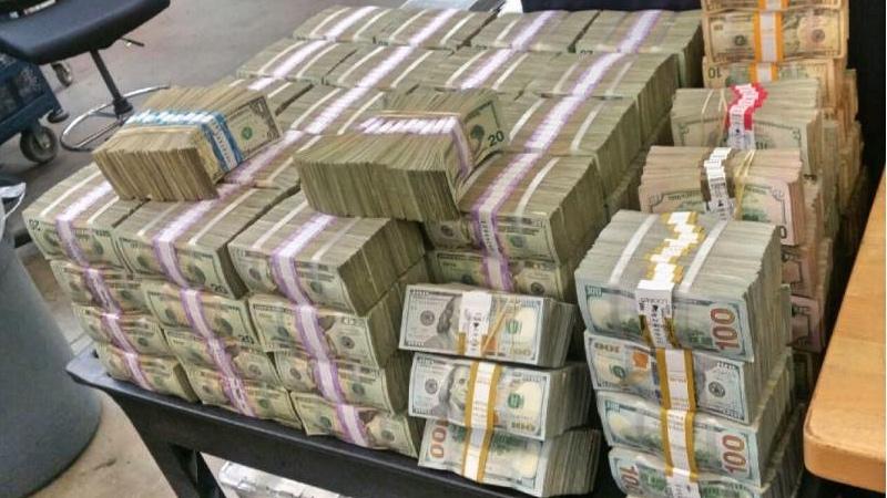 Llevaban Más De 3000000 De Dólares A México Univision 34 Los