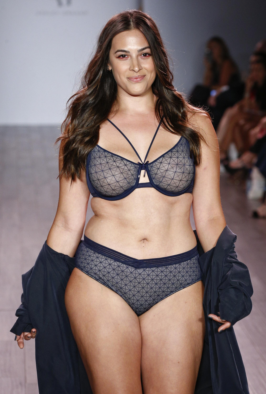 Las Fotos De Las Modelos Que Nunca Veras En El Desfile De Victoria S Secret