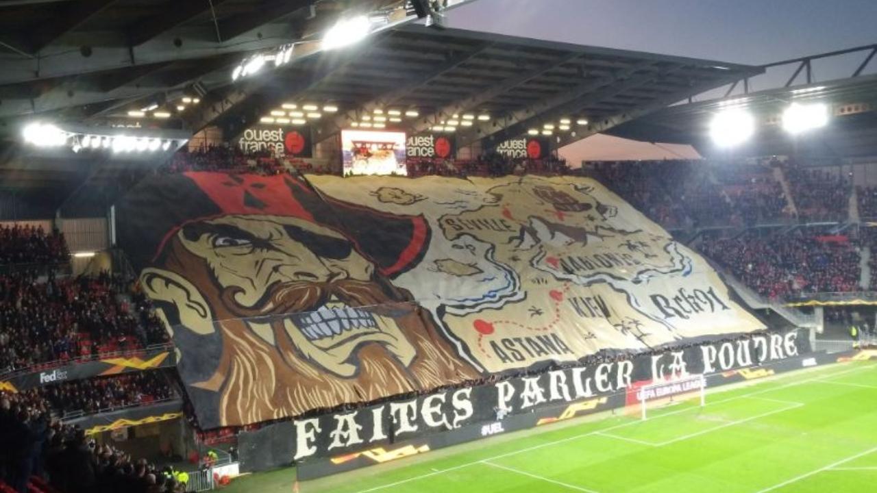 Hasta con bandera gigante: así se vivió la previa del Rennes-Betis en Europa League
