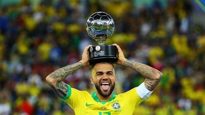 Dani Alves, el más ganador... y el más barato