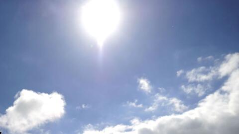 Jueves de cielo mayormente despejado y temperatura agradable en Nueva York