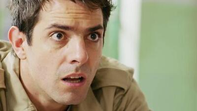 Antonio está seguro de que Rosario Tijeras no está muerta
