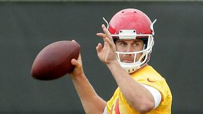 Los Kansas City Chiefs quieren que Alex Smith se arriesgue más en el 2015