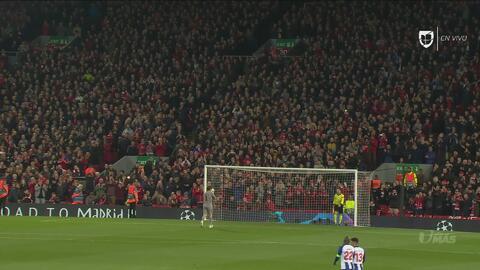 #Respect: fans del Liverpool ovacionan a Iker Casillas en Anfield
