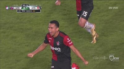 Vigón asiste el 1-0 de Atlas y Leandro Cufré lo grita ante Siboldi