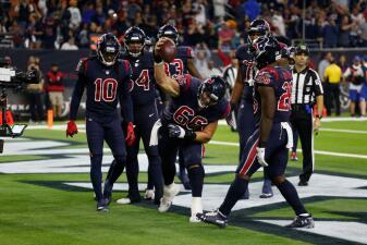 En fotos: Houston gana su quinto partido en fila y lidera el Sur de la AFC