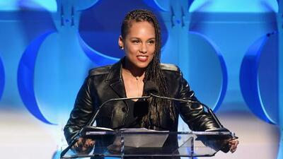 GRAMMY's announce Alicia Keys to be host