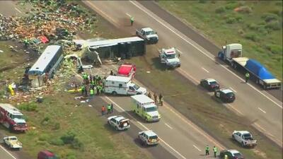 Fatal accidente de autobús de pasajeros cobra la vida de ocho personas