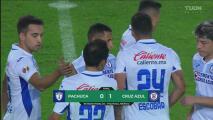 Cruz Azul se cuelga de los postes, pero derrota 0-1 al Pachuca
