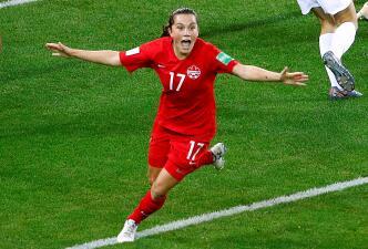 En fotos: Canadá derrotó a Nueva Zelanda y está en Octavos de Final del Mundial femenino