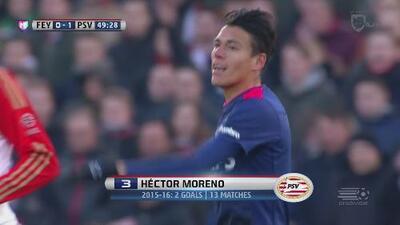 Héctor Moreno remata y adelanta al PSV sobre el Feyenoord