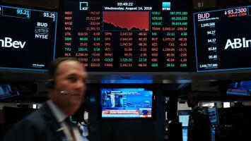 Crecen los temores económicos: analistas advierten la posibilidad de una recesión en los próximos meses