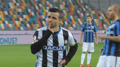 Di Natale iguala marca de Del Piero y el Udinese se mete a los octavos de Copa Italia