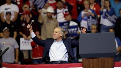 El gobernador de Texas Greg Abbott gana la reelección, proyecta AP