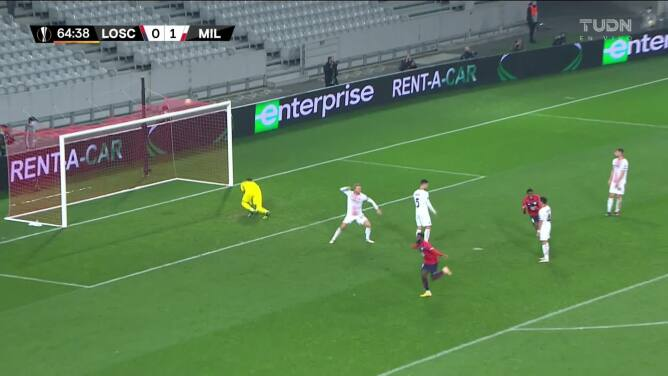 ¡GOOOL! Jonathan Bamba anota para Lille.